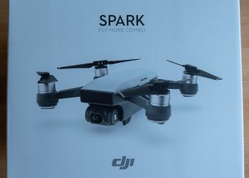 DJI SPARK — Juli 2018 gekauft — Fly More Combo Alpine White