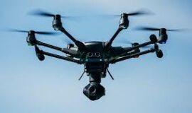 Drohne Yuneec Typhon H4 plus mit vielem Zubehör